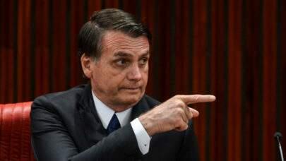 Em novo trecho de áudio, Bolsonaro xinga e ameaça agredir senador Randolfe Rodrigues
