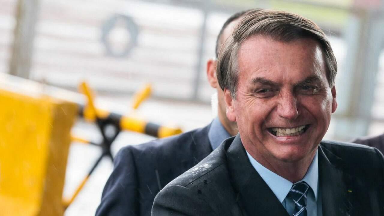 O presidente Jair Bolsonaro em pronunciamento com apoiadores