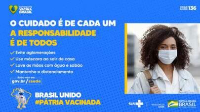 Ministério da Saúde pede o uso da máscara de proteção facial e distanciamento social; Há receio de que Bolsonaro mude de ideia