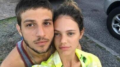 Chay Suede e Laura Neiva aguardam segundo filho, segundo pai do ator