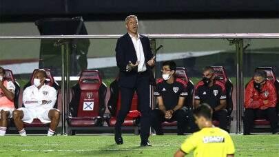 """Técnico do São Paulo elogia time após vitória no Paulistão: """"Equipe foi perfeita"""""""