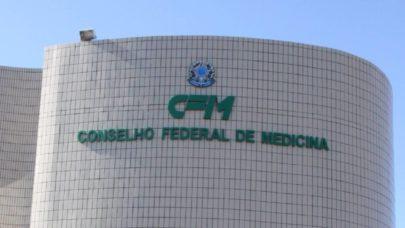 """Senadores criticam CFM por liberar uso de """"tratamento precoce""""; Conselho afirma que não aprova o método"""
