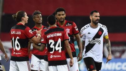 """Vitinho analisa derrota do Flamengo diante do Vasco: """"Temos que tirar de lição"""""""