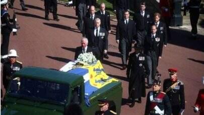 Funeral do Príncipe Philip acontece neste sábado com distanciamento e restrições