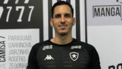 Botafogo negocia renovação com goleiro Gatito Fernández
