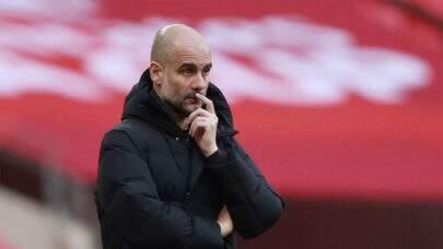 """Técnico do Manchester City, Pep Guardiola fala sobre Superliga e Uefa: """"Todos pensam por si"""""""