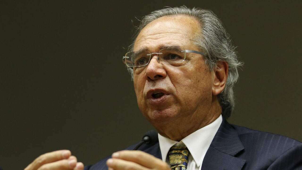 O Ministério da Economia, Paulo Guedes, em pronunciamento;