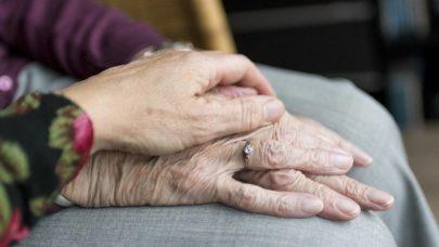 Covid-19 provoca queda na expectativa de vida em São Paulo pela primeira vez em 81 anos, aponta estudo