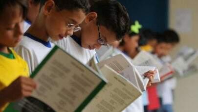 Ministério da Educação pulou etapas no processo de seleção de livros para escolas da rede pública