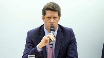 Deputados propõem abertura de CPI para investigar atuação de Salles no Meio Ambiente