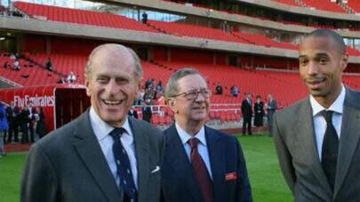 Clubes ingleses lamentam morte do príncipe Philip, marido da rainha Elizabeth II