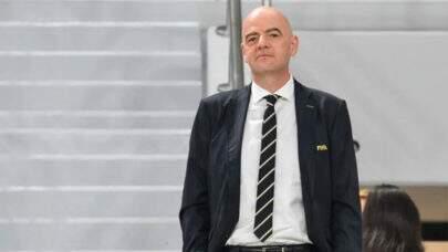 "Presidente da Fifa se posiciona contra Superliga: ""Uefa tem todo o meu apoio"""
