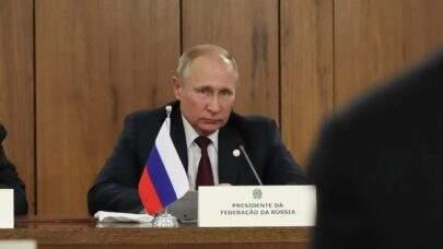 Putin ameaça Ocidente com 'respostas duras' caso 'linhas vermelhas' russas sejam ultrapassadas