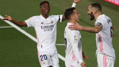 Real Madrid vence Barcelona por 2 a 1 e assume liderança do Campeonato Espanhol