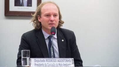 """Deputado Rodrigo Agostinho, líder ambientalista do Congresso, diz que o """"mundo não acredita mais no Brasil"""""""