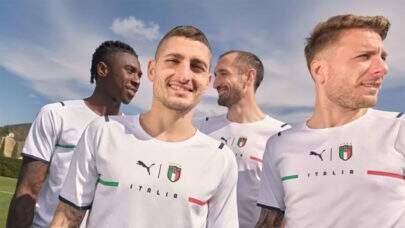 Seleção da Itália divulga novo uniforme de visitante para a Eurocopa