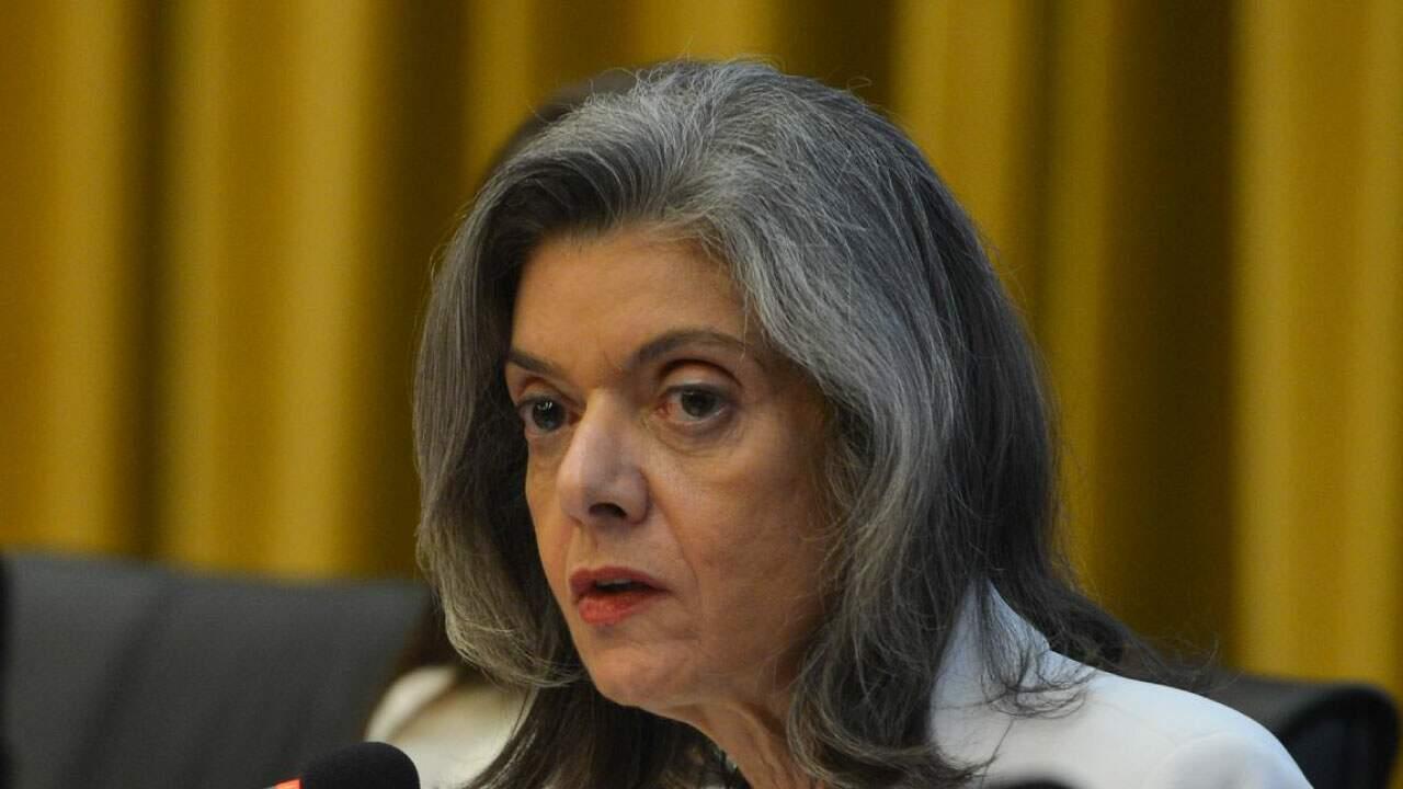 Ministra Cármen Lúcia em julgamento no STF