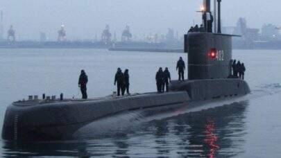 Submarino com 53 pessoas a bordo desaparece na Indonésia