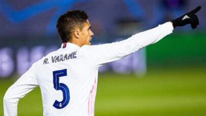 Manchester United mira contratação do zagueiro Raphael Varane, do Real Madrid