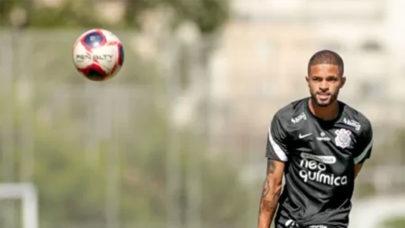 Corinthians renova contrato de Vitinho até final de 2024