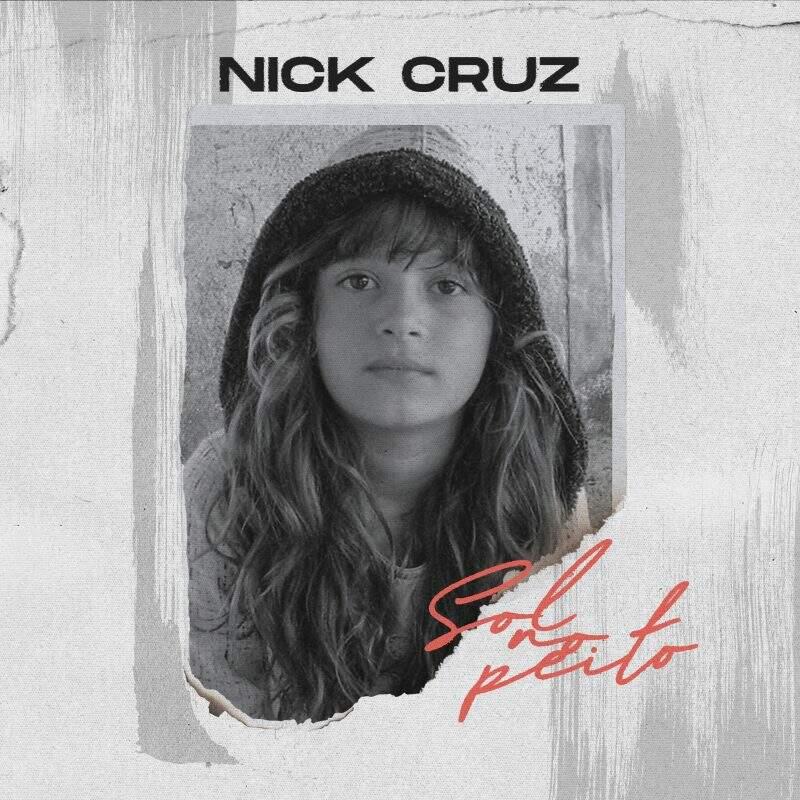 "Nick Cruz divulga capa do novo single ""Sol No Peito"""