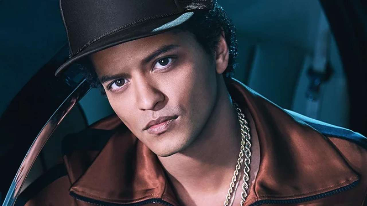 Bruno Mars é o primeiro artista a ter cinco certificados de diamante