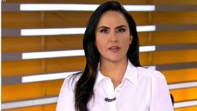"""Após ser demitida por e-mail pela Record, Carla Cecato diz: """"Disponível para trabalhos"""""""