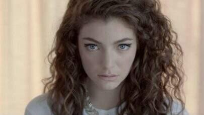 Fãs acham que mãe de Lorde deu dicas sobre retorno e novas músicas da cantora