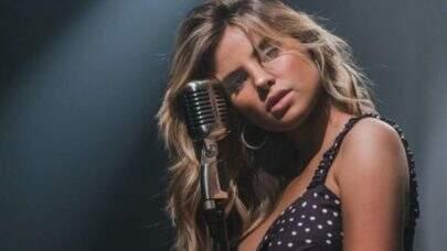 """Giulia Be alcança 100 milhões de streams em """"(Não) era amor"""" e brinca: """"num é que era amor sim?"""""""