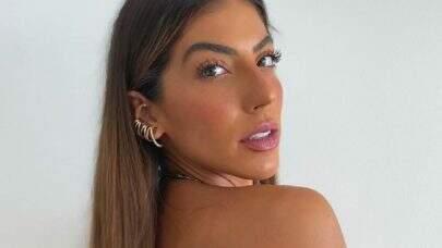 Rachel Apollonio exibe boa forma em novo clique e enlouquece fãs: 'Que mulher'