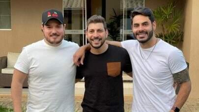 """Israel e Rodolffo vão usar """"ciúme"""" de Caio para promover música, diz site"""