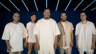 """Sorriso Maroto lança novo álbum """"A.M.A"""" ao vivo com 19 músicas; Confira!"""