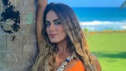 """Ex-BBB Carol Peixinho mostra disposição durante o treino: """"Movimente-se"""""""