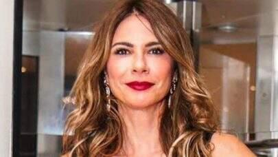 """Luciana Gimenez relembra clique de biquíni e ostenta boa forma na web: """"Coisa linda"""""""