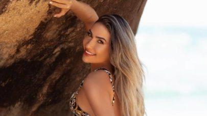 """Vivi Lima, Miss Bumbum Bahia, exibe boa forma na praia e eleva o clima na web: """"Linda"""""""