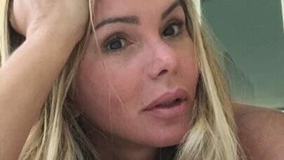 """Cristina Mortágua leiloa calcinha usada em ensaio: """"Estou sem grana e precisando trabalhar"""""""