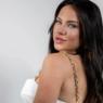 """Ex-BBB Gabi Martins faz sucesso com produção fashion: """"Lookinho all white"""""""