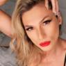 """Lívia Andrade dá """"boa noite"""" para os fãs e eleva o clima na web com foto ousada"""