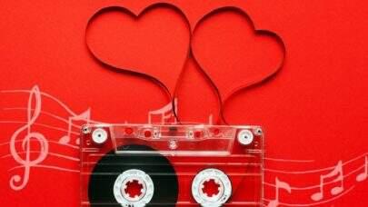 Confira a playlist com as melhores músicas românticas para curtir o Dia dos Namorados