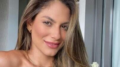 """7 vezes que a ex-BBB Mari Gonzales renovou o bronzeado e levou web a loucura: """"Deusa do mar!"""""""