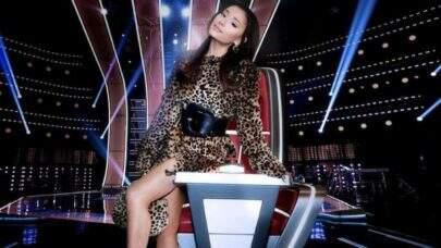 Com direito a falsete, Ariana Grande solta a voz em trailer divertido da nova temporada do 'The Voice USA'
