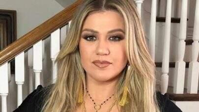 Kelly Clarkson terá que pagar valor milionário por mês ao ex-marido; saiba detalhes