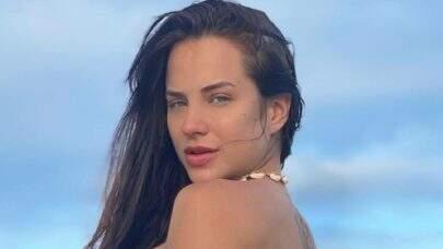 """Ex-BBB Gabi Martins dança muito de biquíni e eleva o clima na web: """"Perfeita"""""""