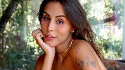 """Stephanie Viegas choca web ao exibir look do dia: """"Uma deusa"""""""