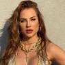 """Ex-BBB Gabi Martins divulga fotos quentíssimas com Tierry: """"Parceiro de vida"""""""