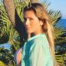 """Lívia Andrade curte dia de piscina e celebra: """"Dia lindo de sol em Malibu"""""""