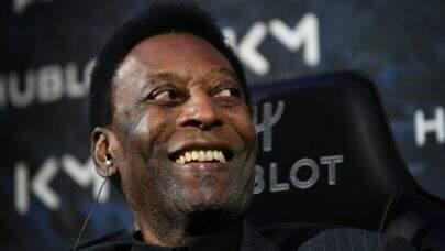 Pelé segue na UTI após retirada de tumor e hospital revela estado de saúde do ex-jogador