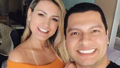 """Andressa Urach nega que marido esteja controlando suas redes sociais: """"Fui eu quem escrevi"""""""