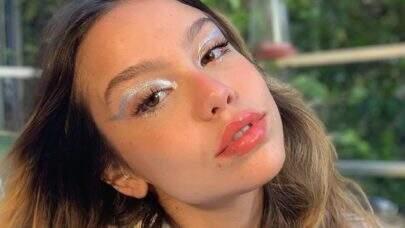 """Bruna Carvalho, ex-Chiquititas, relembra agressão do ex-namorado e cobra: """"Vocês não se tocam"""""""