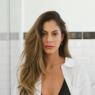 """Ex-BBB Mari Gonzalez surge deslumbrante em seu banheiro: """"Rainha"""""""